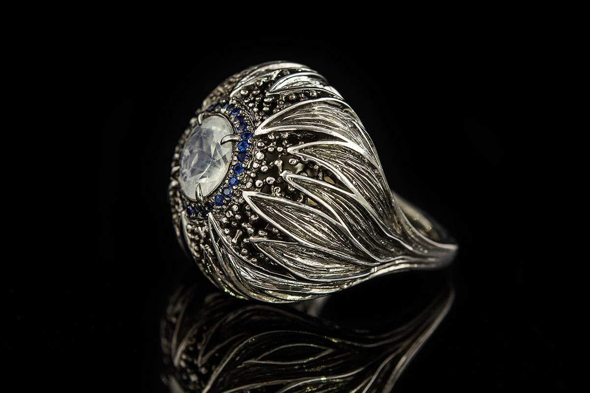 Omalgami Ring Flos Moonstone, Sapphires, silver