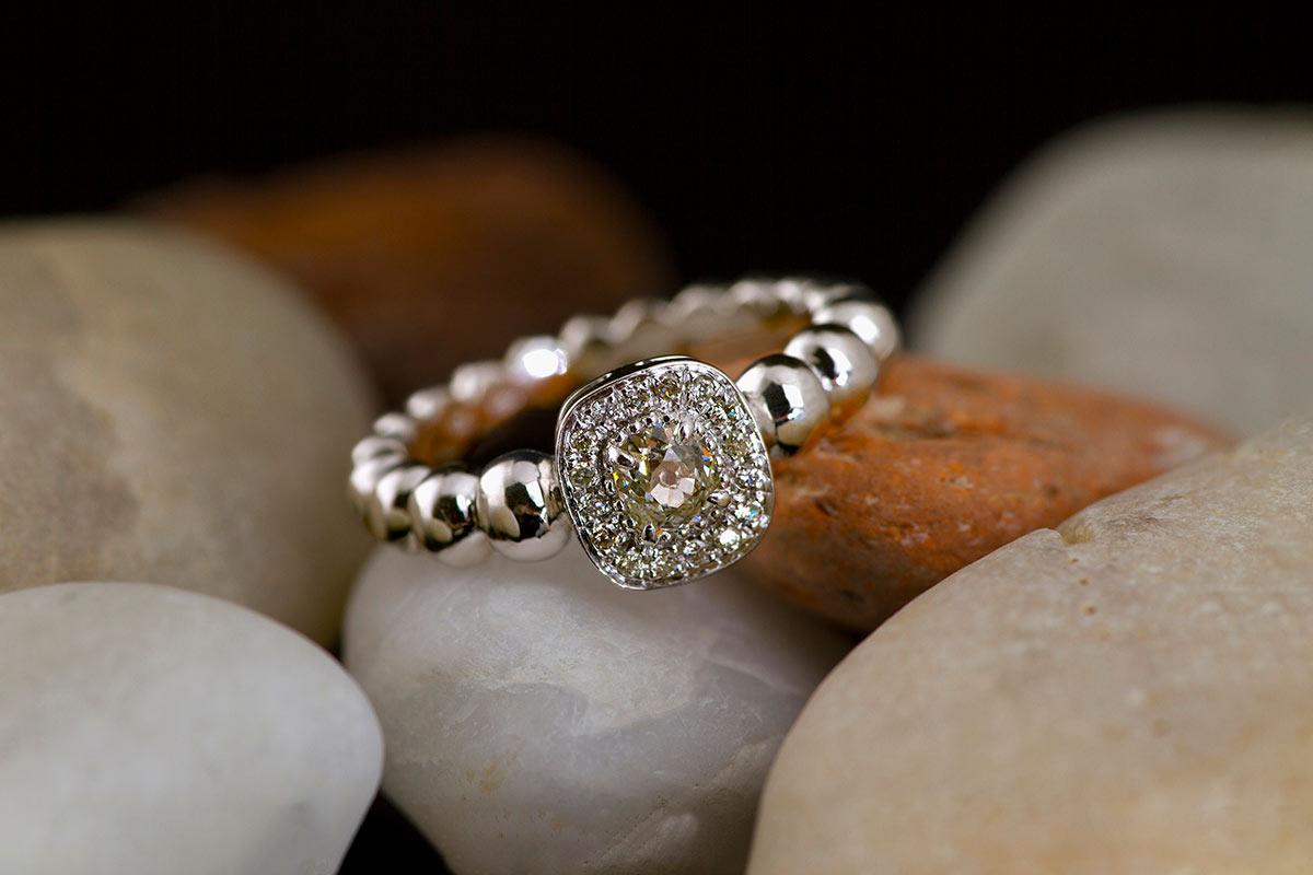 Veterum-ring Exclusive-Jewelry-Gold-diamond